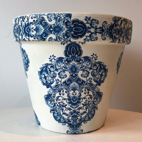Blue and White Damask Large Plant Pot 21cm - Palm Pot & Peony