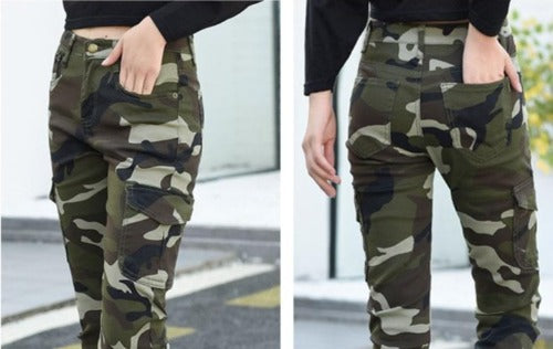 Camouflage Jeans Pocket Detail