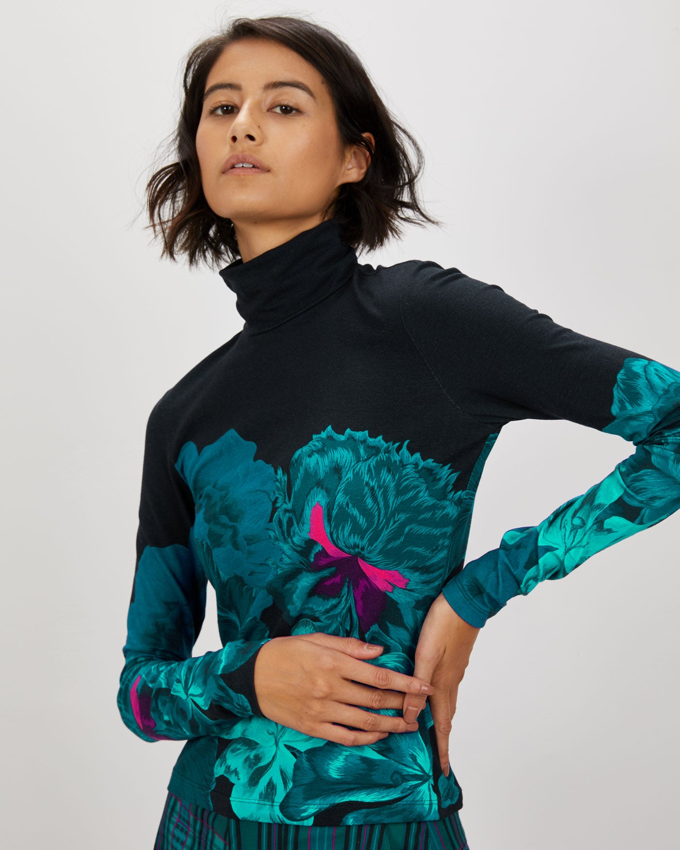 Turtleneck | Jewel Iris