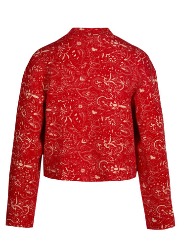 Sweatshirt in red paisley is a crewneck sweatshirt with a boxy fit that hits at the natural waist