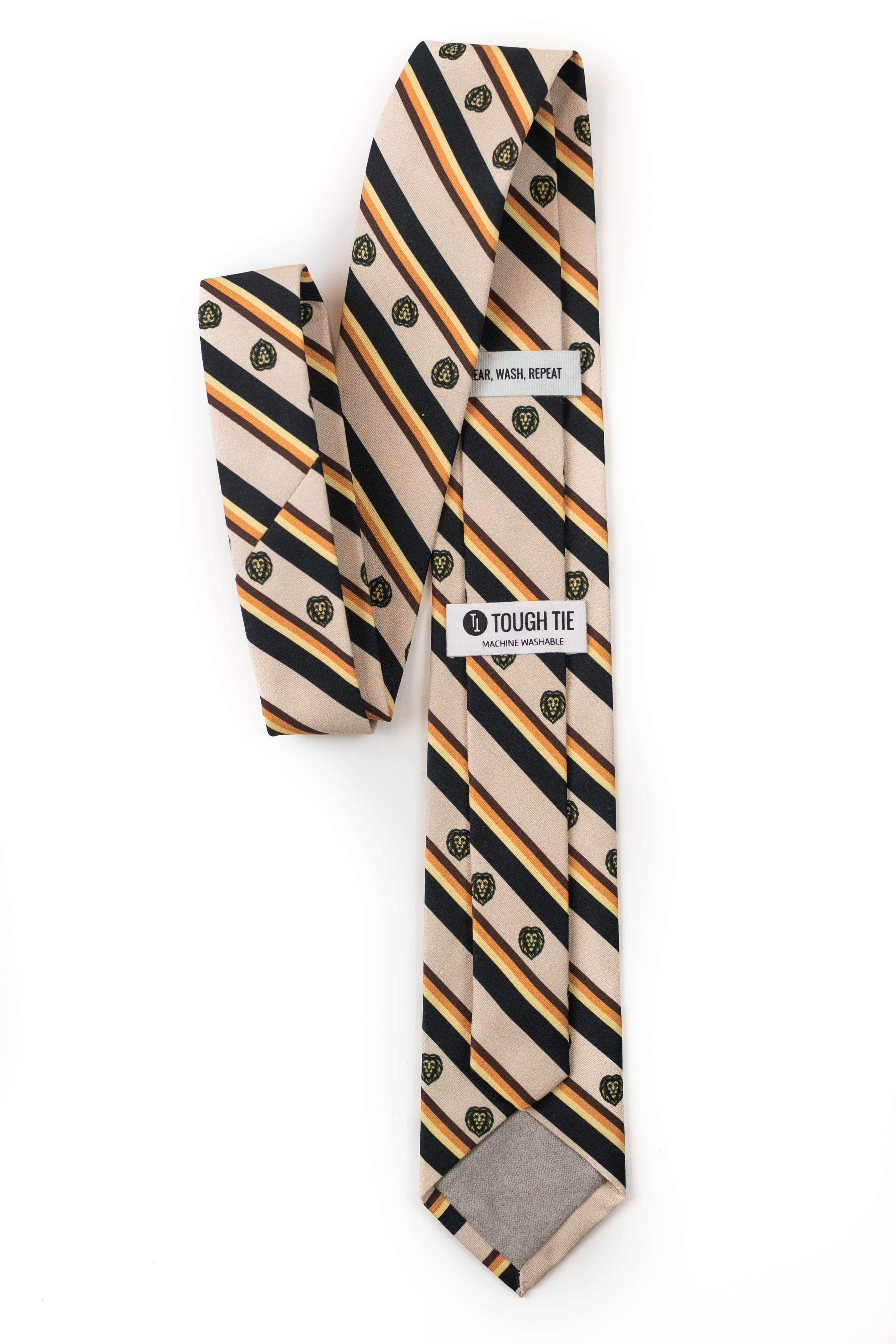 daniel and the lions den tie back view