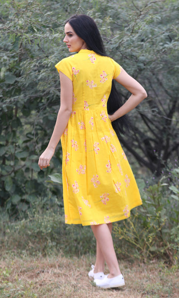 The Daisy Dress in yellow