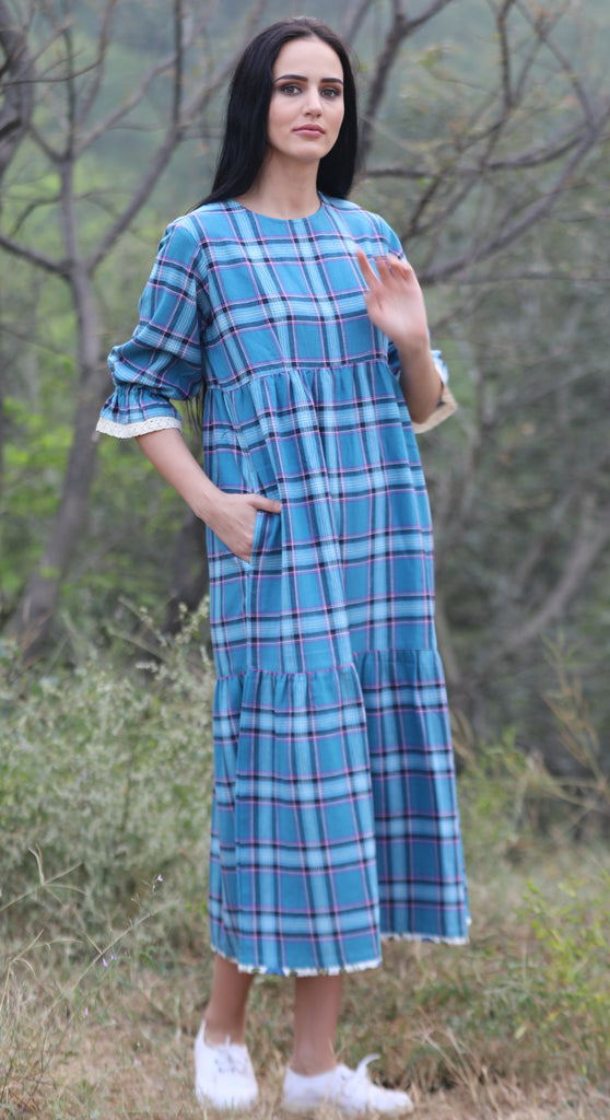 The Tulip Dress in blue Plaid