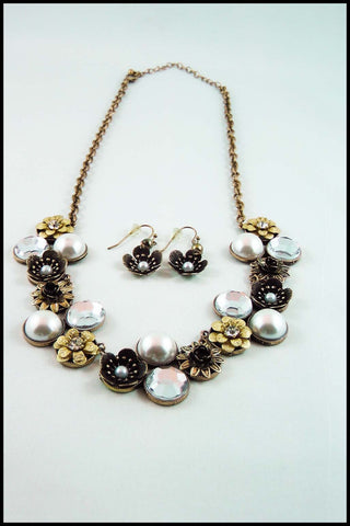 Imitation Pearl and Rhinestone Flower Necklace and Earring Set