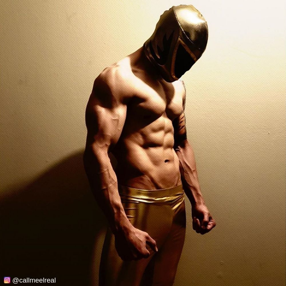 Mexican wrestler in gold metallic kapow meggings