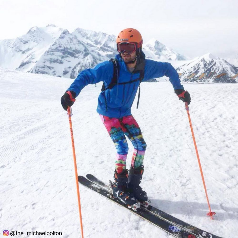 Skiing in colorful chromablast kapow mens leggings