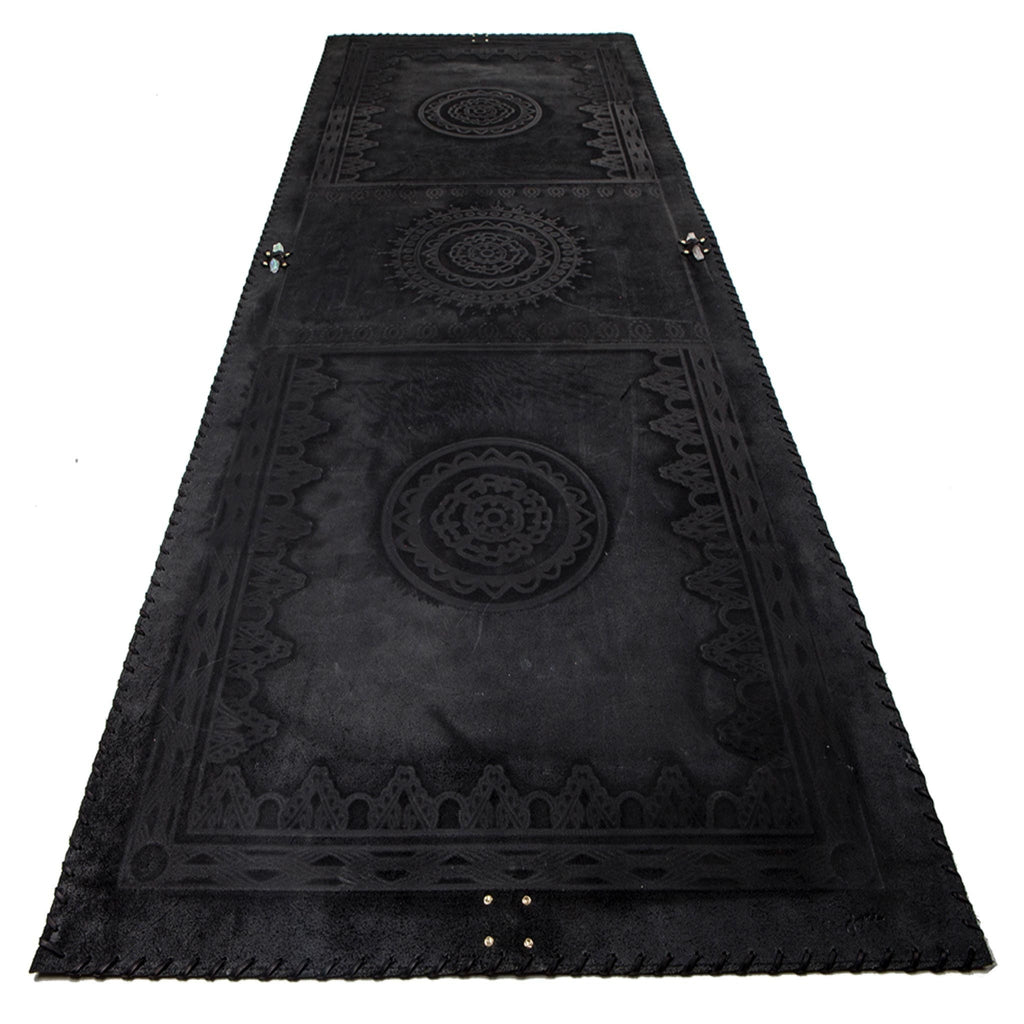 Black Leather Mat with Black Lacing
