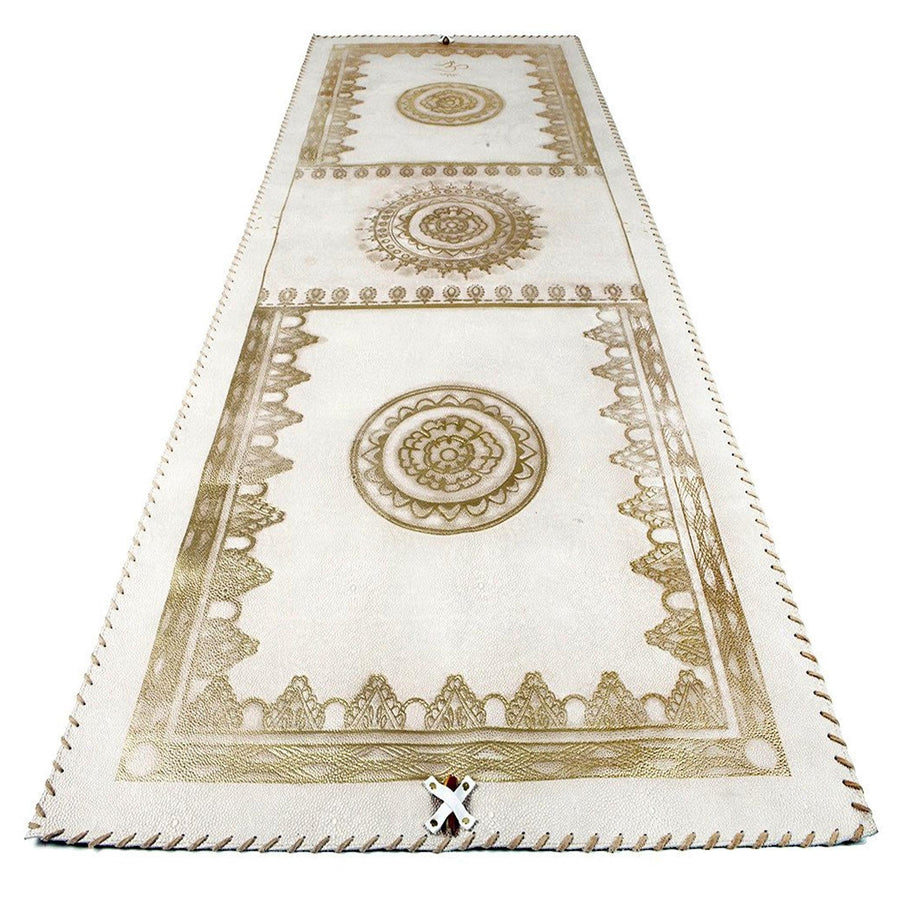 Cream Pebbled Leather Mat with Cream Lacing