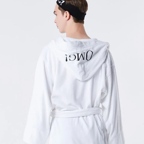 OMG! Spa Robe<br>with Hood White - DOUBLE DARE