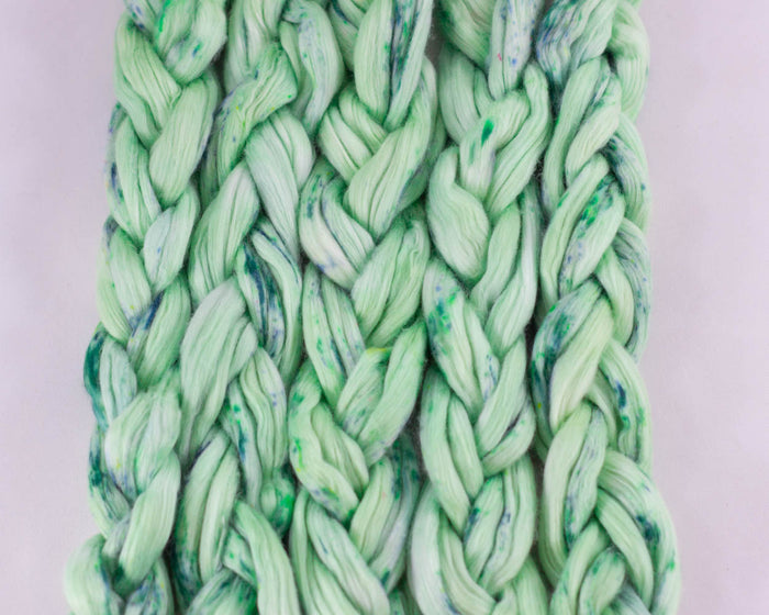 Cotton Spinning Fiber - green and speckle