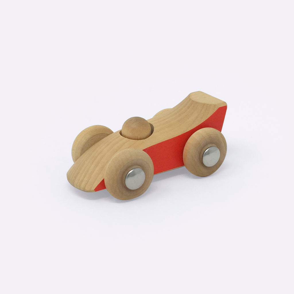 Handmade Wooden Car from Finland - Wooden Toy - Hantverkar Lyan | ModernMinor