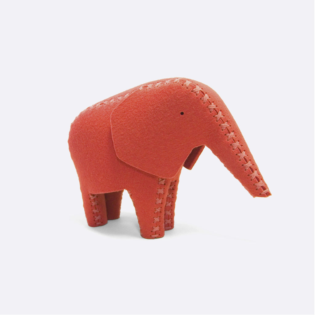 Ronny Elephant – Warm Red - ModernMinor