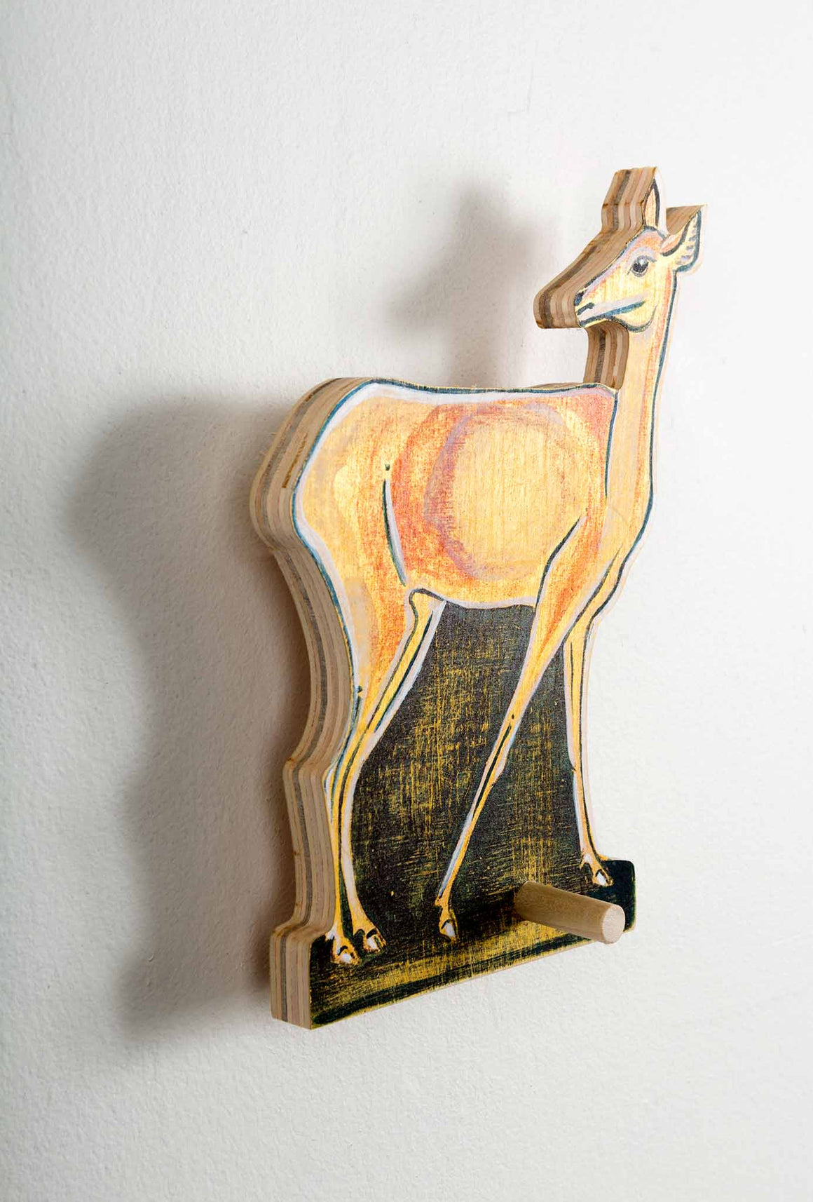 Doe a Deer_Hanging type side view