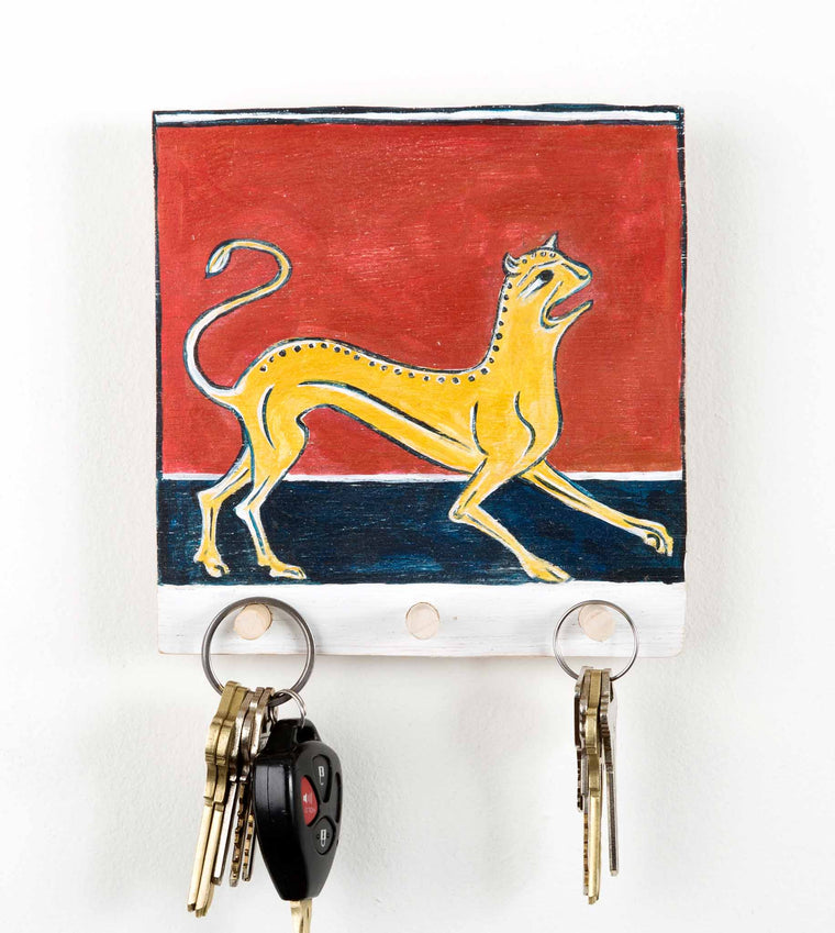 Golden Lion_Hanging type with keys