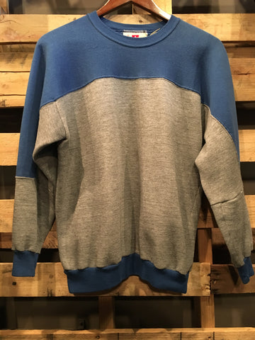Vintage Russell Athletic Blue and Grey Sweater