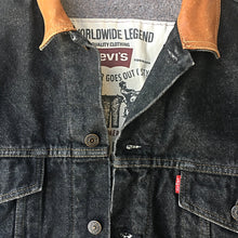 Load image into Gallery viewer, Vintage Levi's Denim Jacket