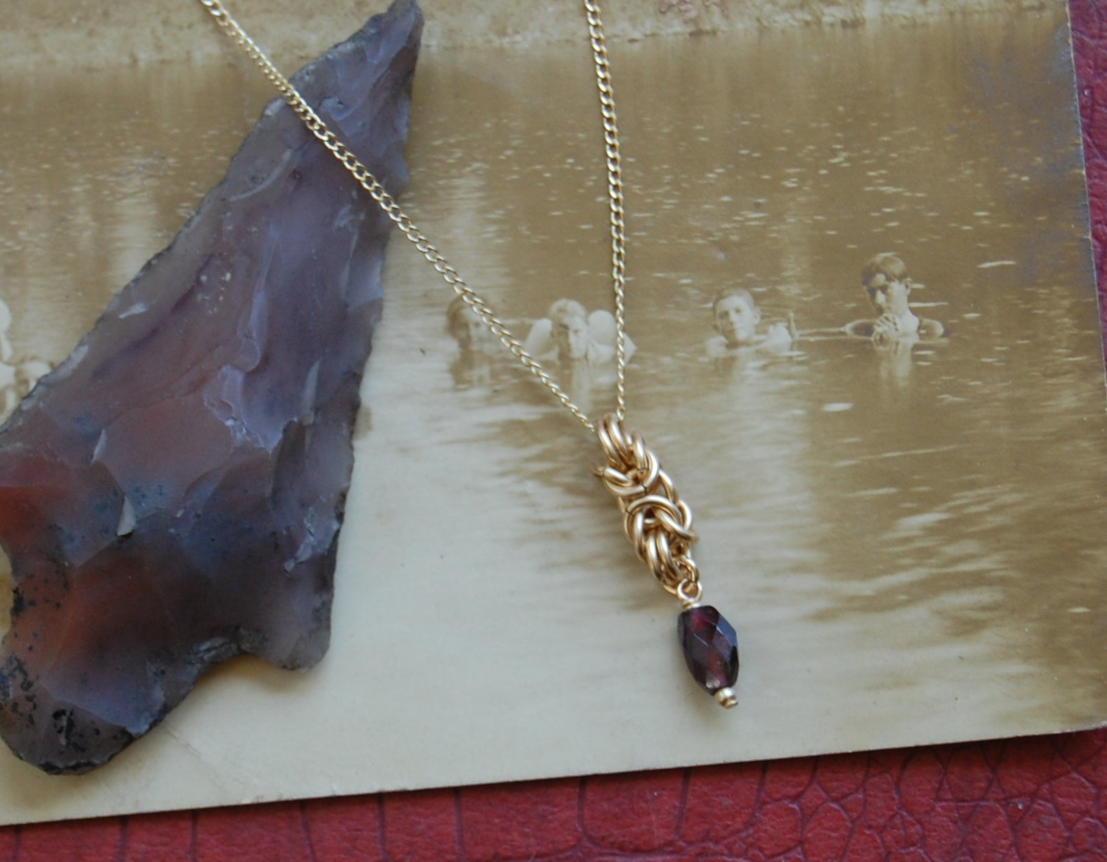 Arzu Pendant with Garnet