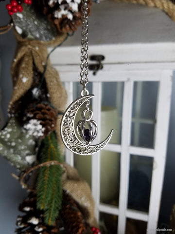 Moonlight Pendant | 1 Oyster Opening