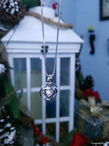 GRACE - Oyster Opening with Sterling Silver Cage Necklace