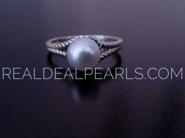 Size 8 Sail Away Ring with a White Cultured South Sea Pearl