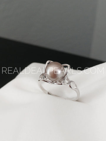 Cultured Cortez Petals Ring