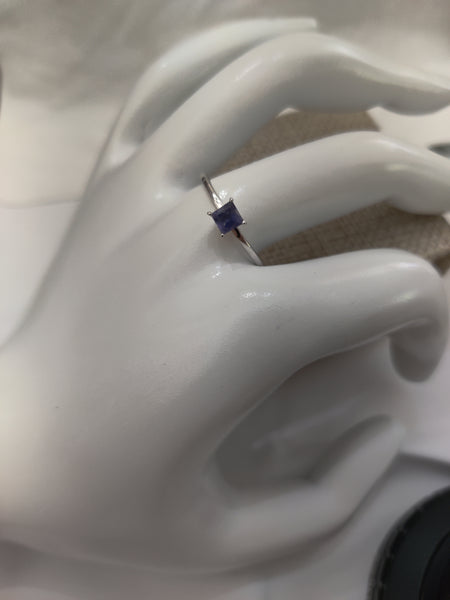 Size 8 Sterling Silver and Iolite Ring
