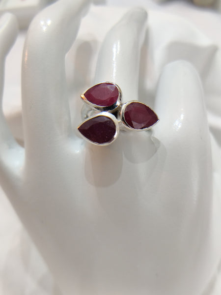 Size 8 Sterling Silver Indian Ruby Ring