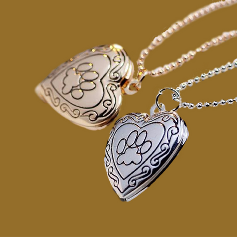 Aww...Charm Pendant Necklace For Animal Lovers!