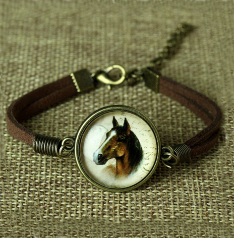 An Awesome Leather Horse Bracelet!