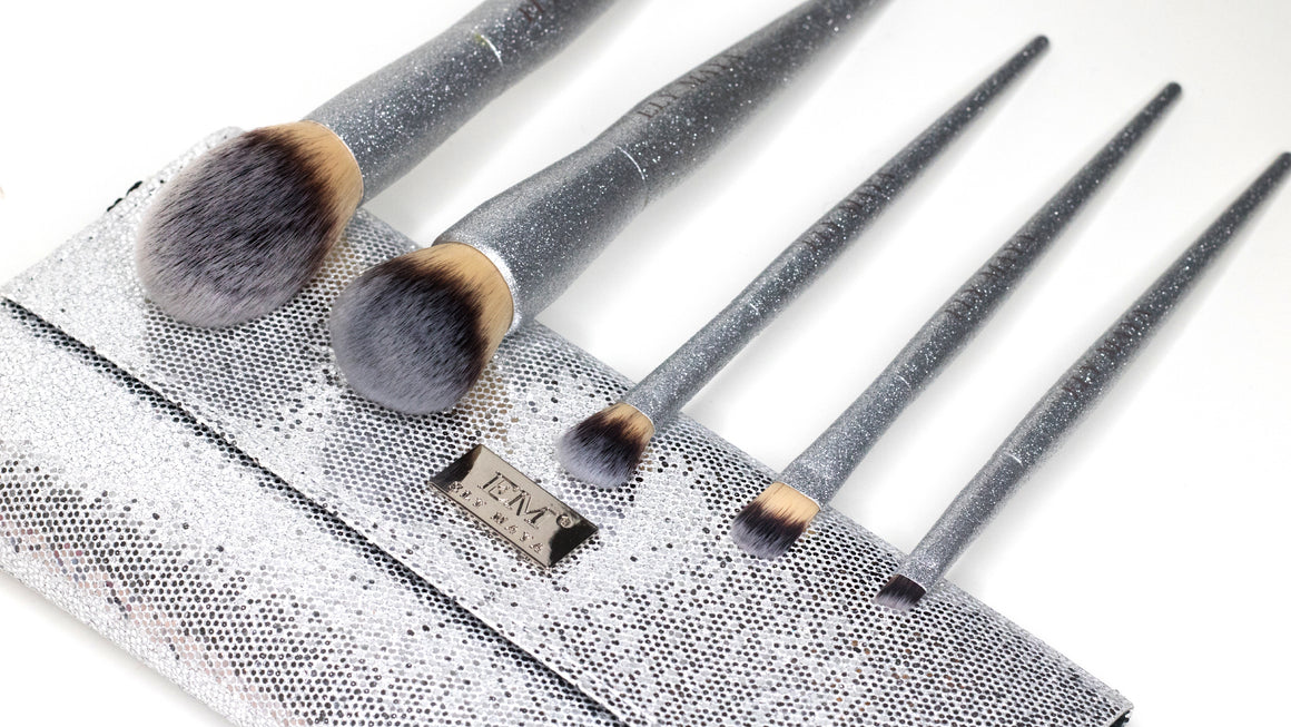 Glimmer Vegan Brush Set In Stunning Silver Glitter