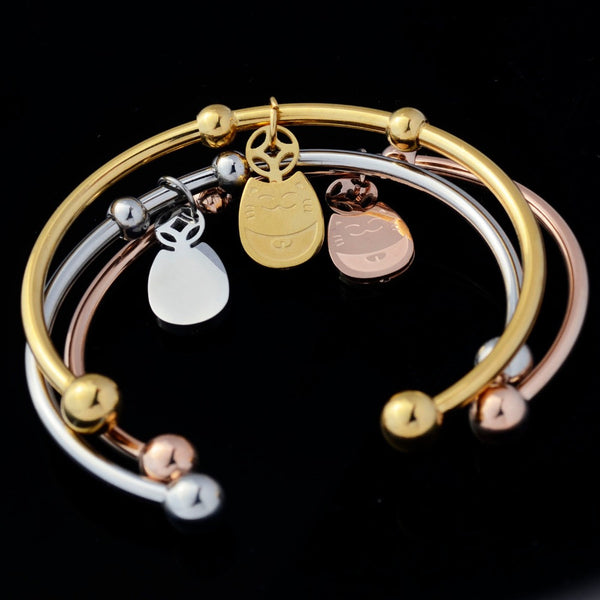 Fashion Lucky Cat Charm Bangle