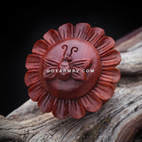 A Pair of Bumble Bee Flower Organic Sabo Wood Ear Gauge Plug-Orange/Brown