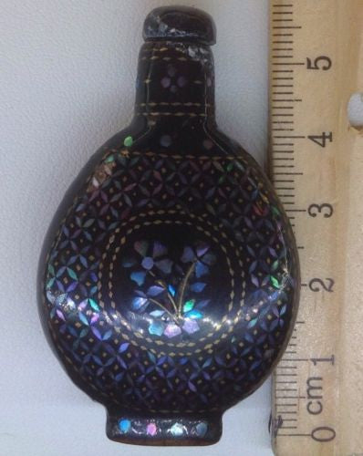 FINE 19 C CHINESE QING LACQUER SILVER GOLD MOTHER OF PEARL INLAID SNUFF BOTTLE 1