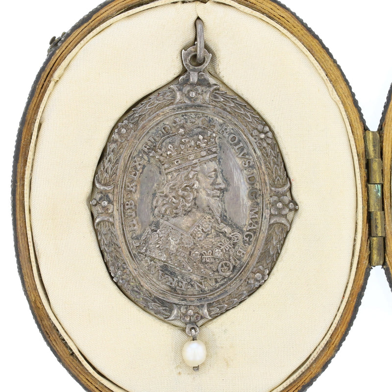 King Charles I & Henrietta Maria Royalist Badge