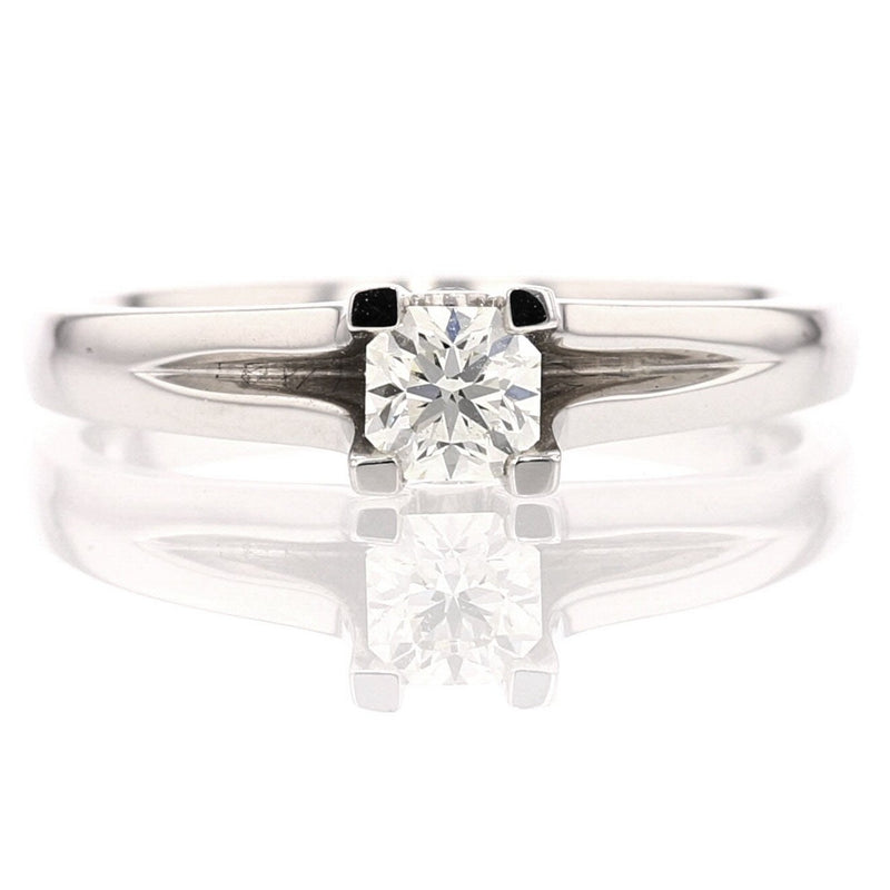 Soliter Diamond Ring