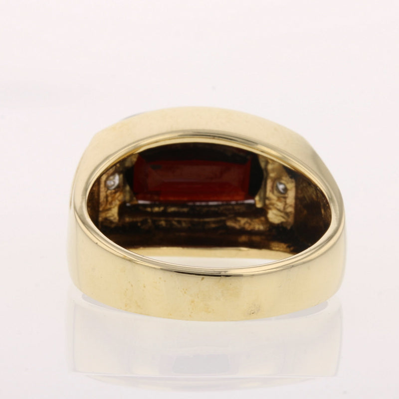 Checkerboard Garnet Ring - David's Antiques & Jewelry