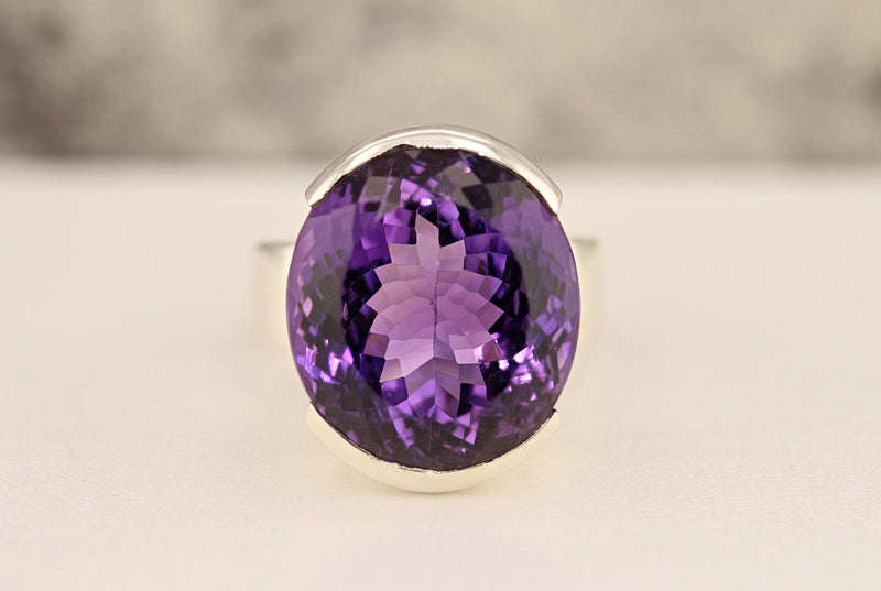 Amethyst Ring - David's Antiques & Jewelry