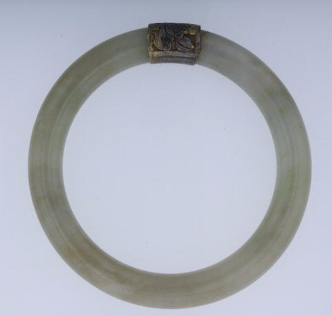 Antique Jadeite Jade Bangle