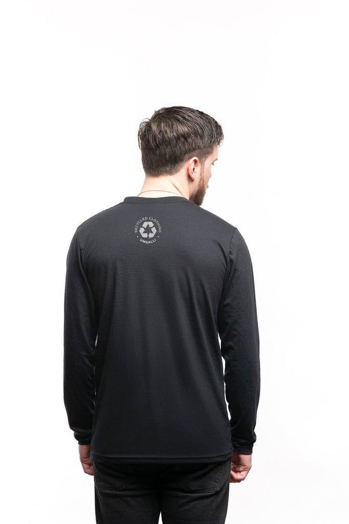 Standing Still Men's Long Sleeve