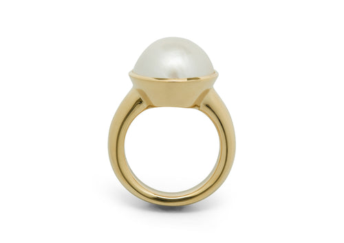 Mabe Pearl Ring, Yellow Gold