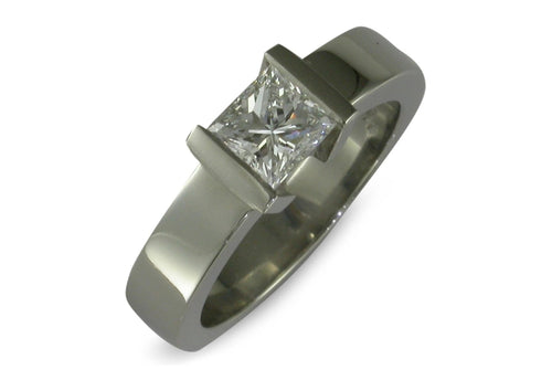 Platinum & Diamond Ring   - Jens Hansen - 2