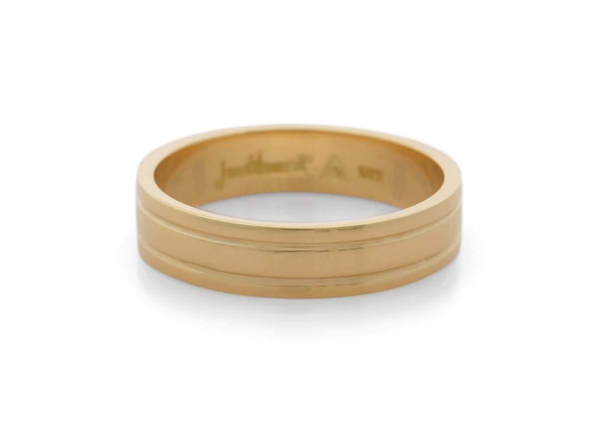 Grooved Wedding Band, Yellow Gold