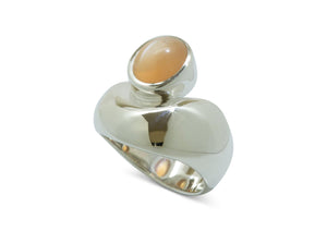 Sterling Silver ring with Peach Moonstone