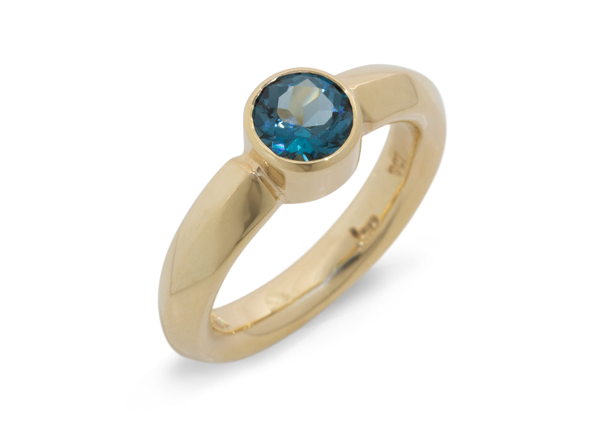 Amazing Gemstone Ring, Yellow Gold