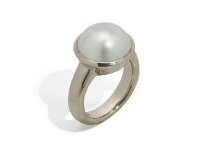 Iridescent Mabe Pearl Ring, White Gold & Platinum