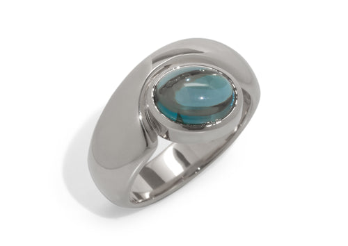Stunning Cabochon Gemstone Ring, White Gold & Platinum