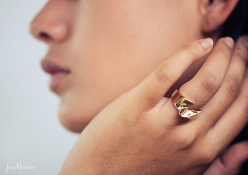 The Nelson Ring, Yellow Gold