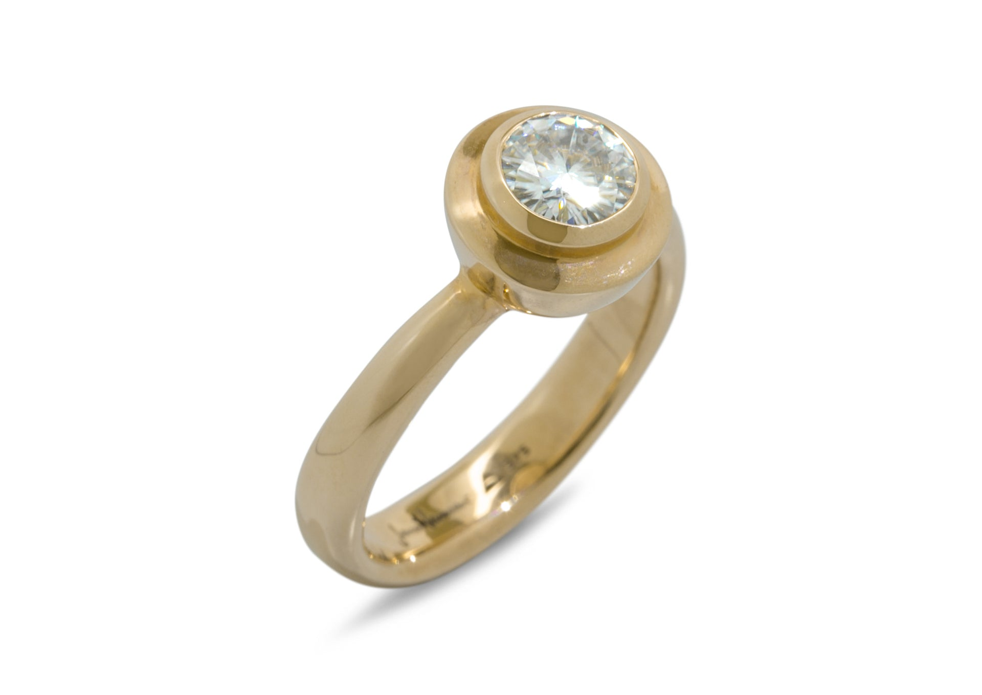 Sumptuous Gemstone Ring, Yellow Gold
