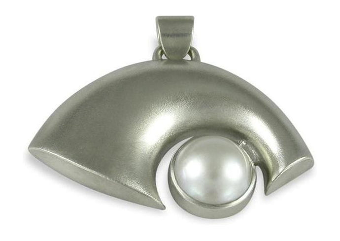 Silver Pendant with Cream Mabe Pearl   - Jens Hansen