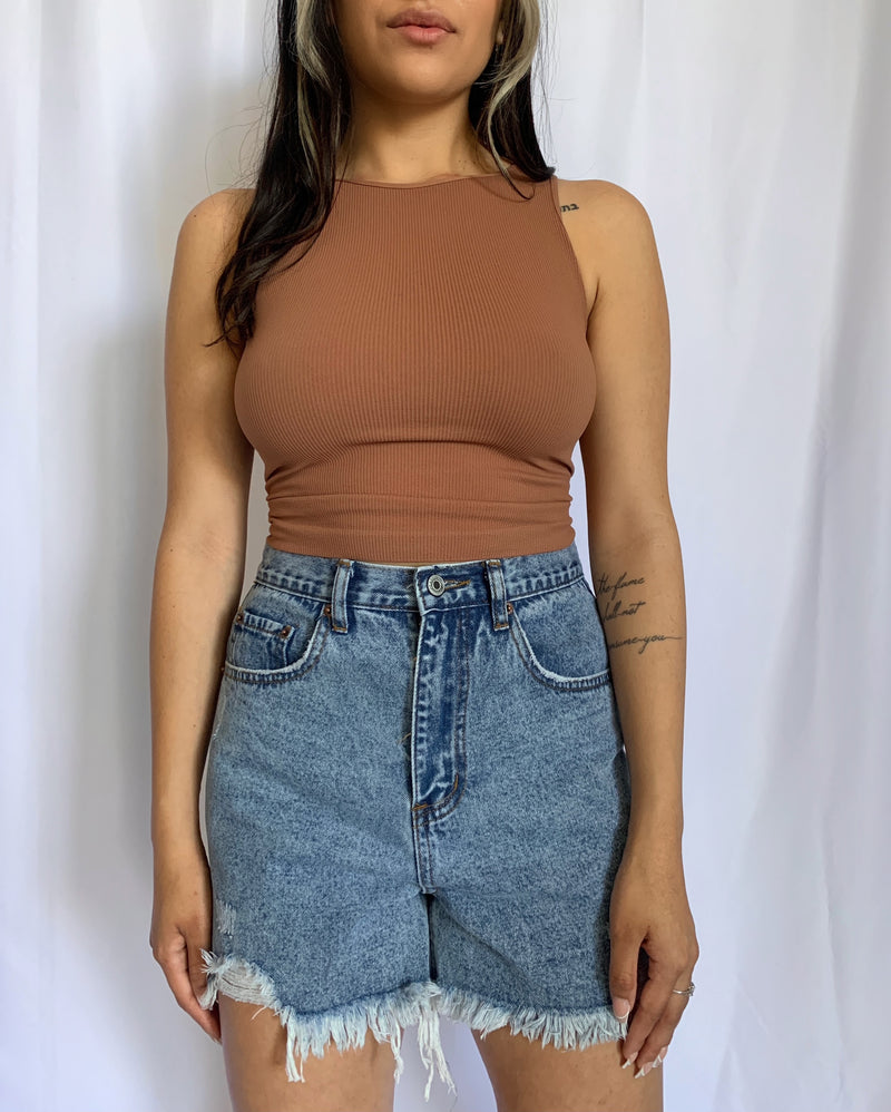 Kenzie Crop Top (Cognac)